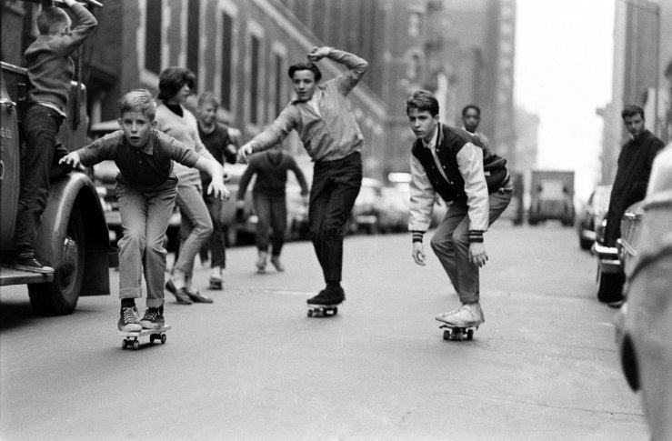 1960′S NEW YORK SKATEBOARDERS BY BILL EPPRIDGE (8)