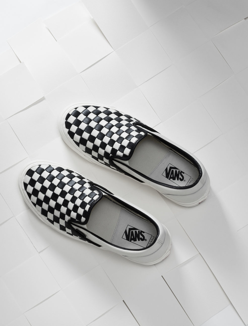SP16_Vault_WovenCheckerboard_BlackandWhite_Slipon_Product_0054_w1 (1)