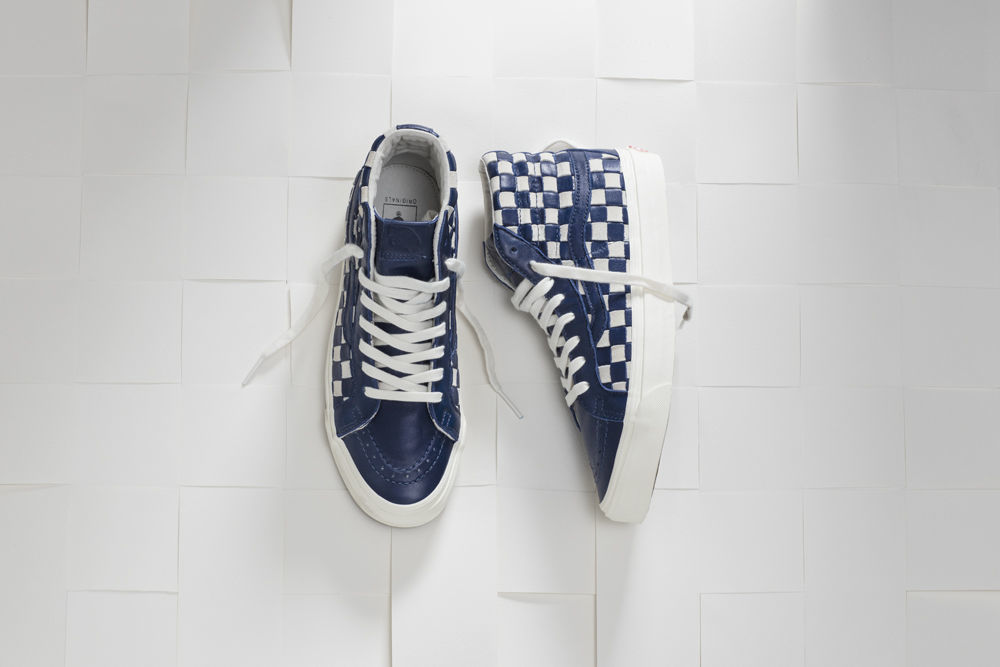 SP16_Vault_WovenCheckerboard_BlueandWhite_Sk8hi_Product_0149_w1